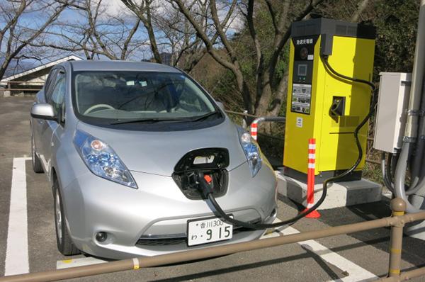 電気自動車(EV)充電スポット